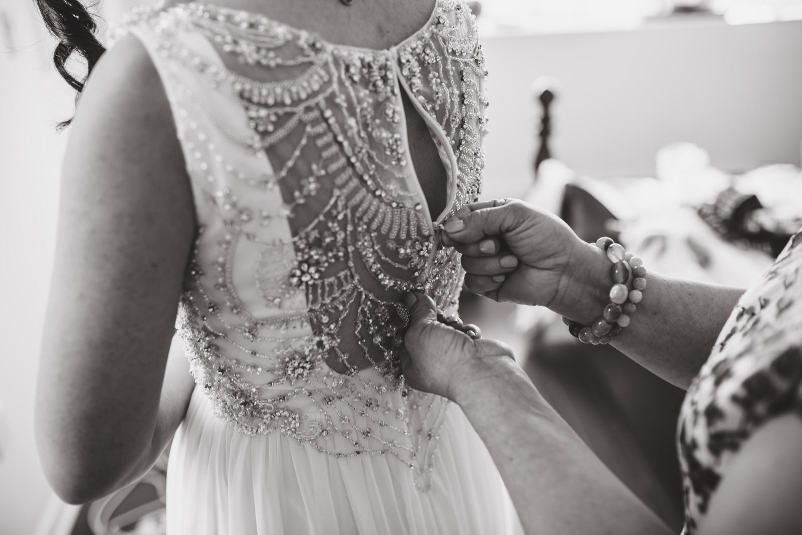 vancouver-island-wedding-photographers--brock-house-restaurant-wedding-3.jpg
