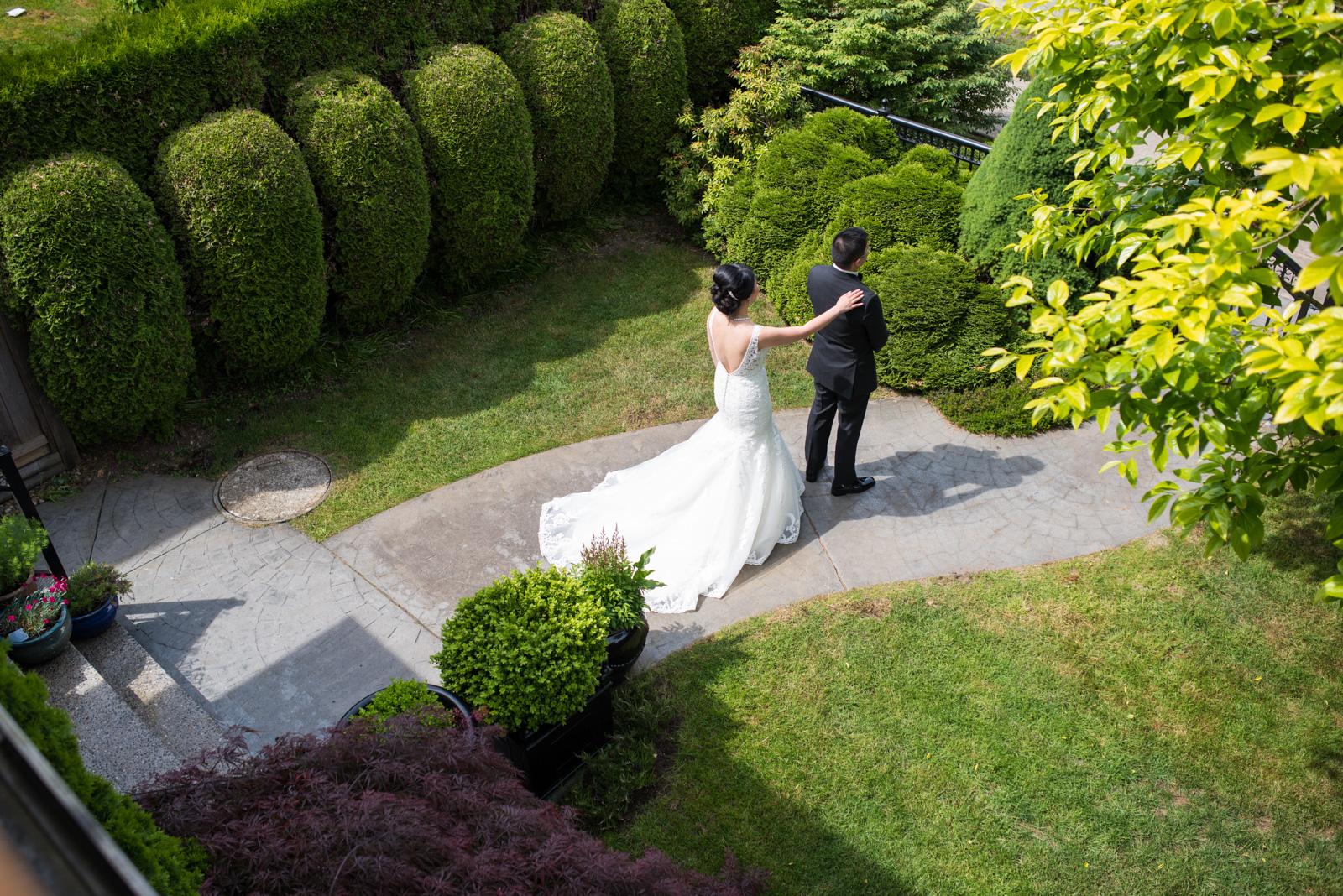 vancouver-island-wedding-photographers--brock-house-restaurant-wedding-10.jpg