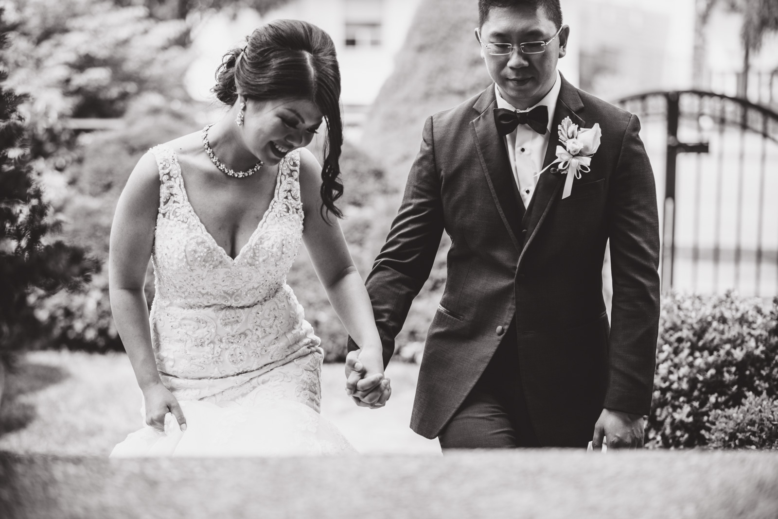 vancouver-island-wedding-photographers--brock-house-restaurant-wedding-15.jpg
