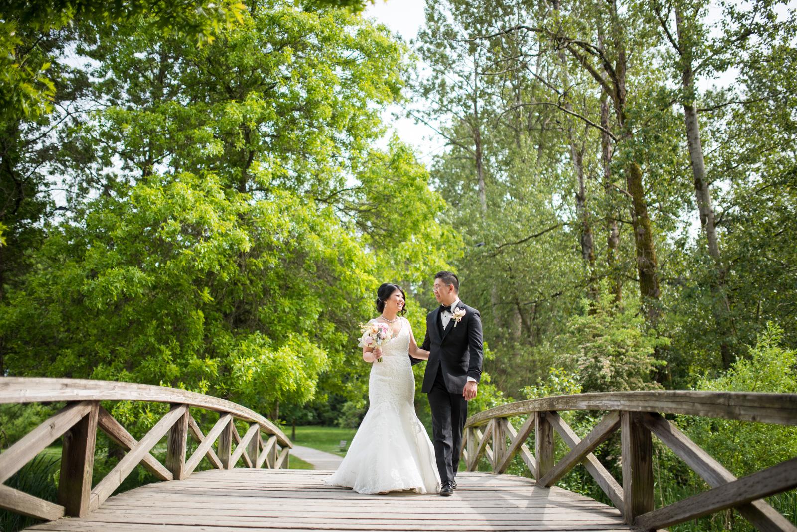 vancouver-island-wedding-photographers--brock-house-restaurant-wedding-18.jpg