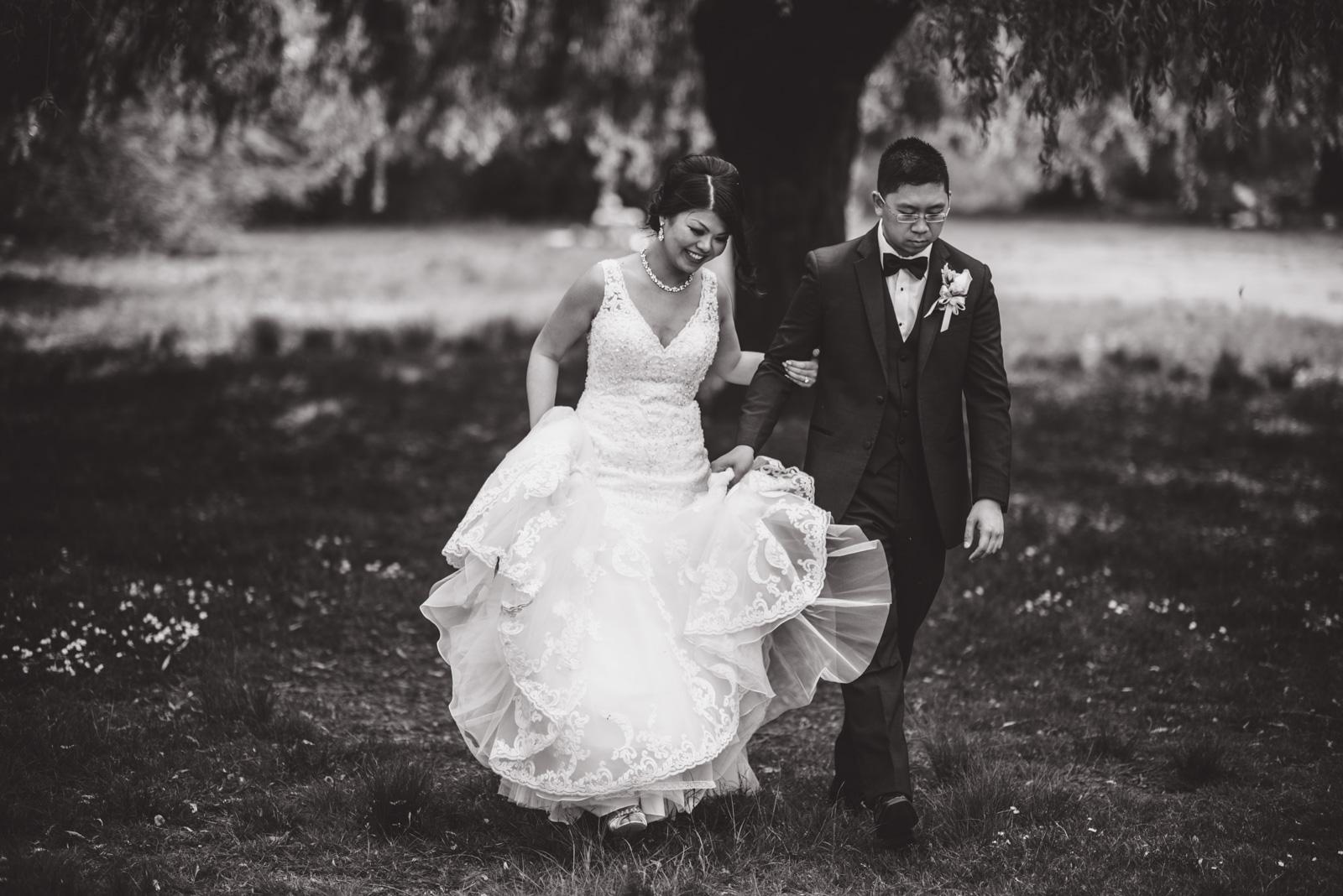 vancouver-island-wedding-photographers--brock-house-restaurant-wedding-22.jpg
