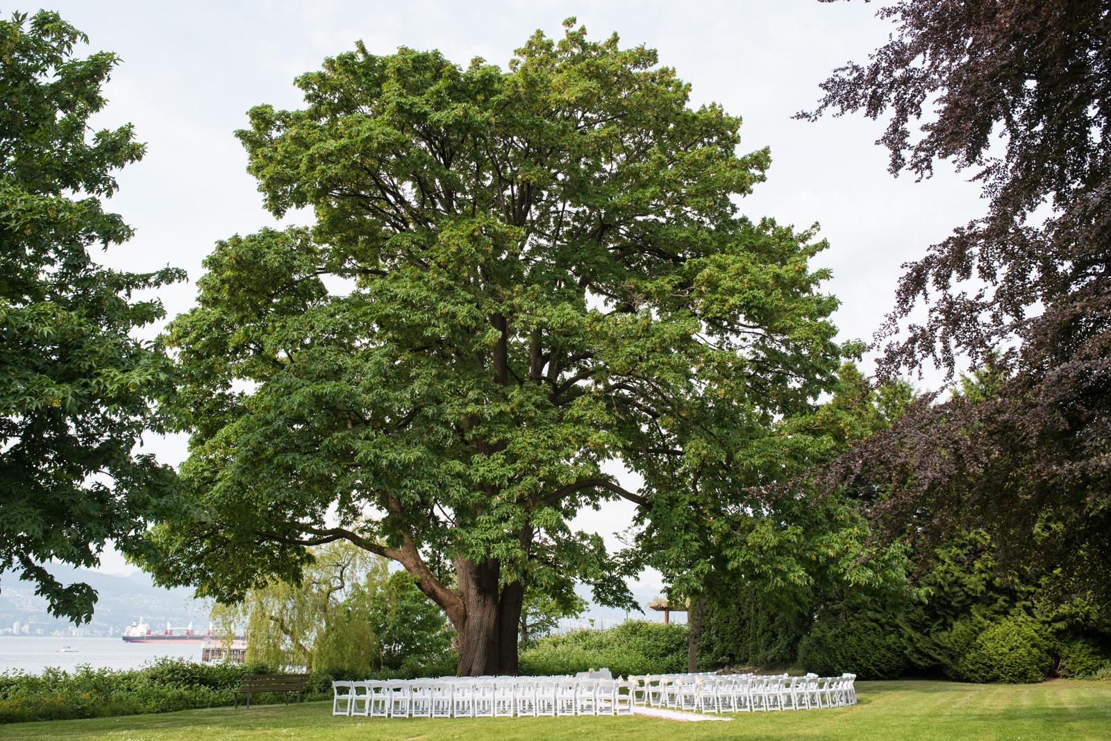 vancouver-island-wedding-photographers--brock-house-restaurant-wedding-26.jpg