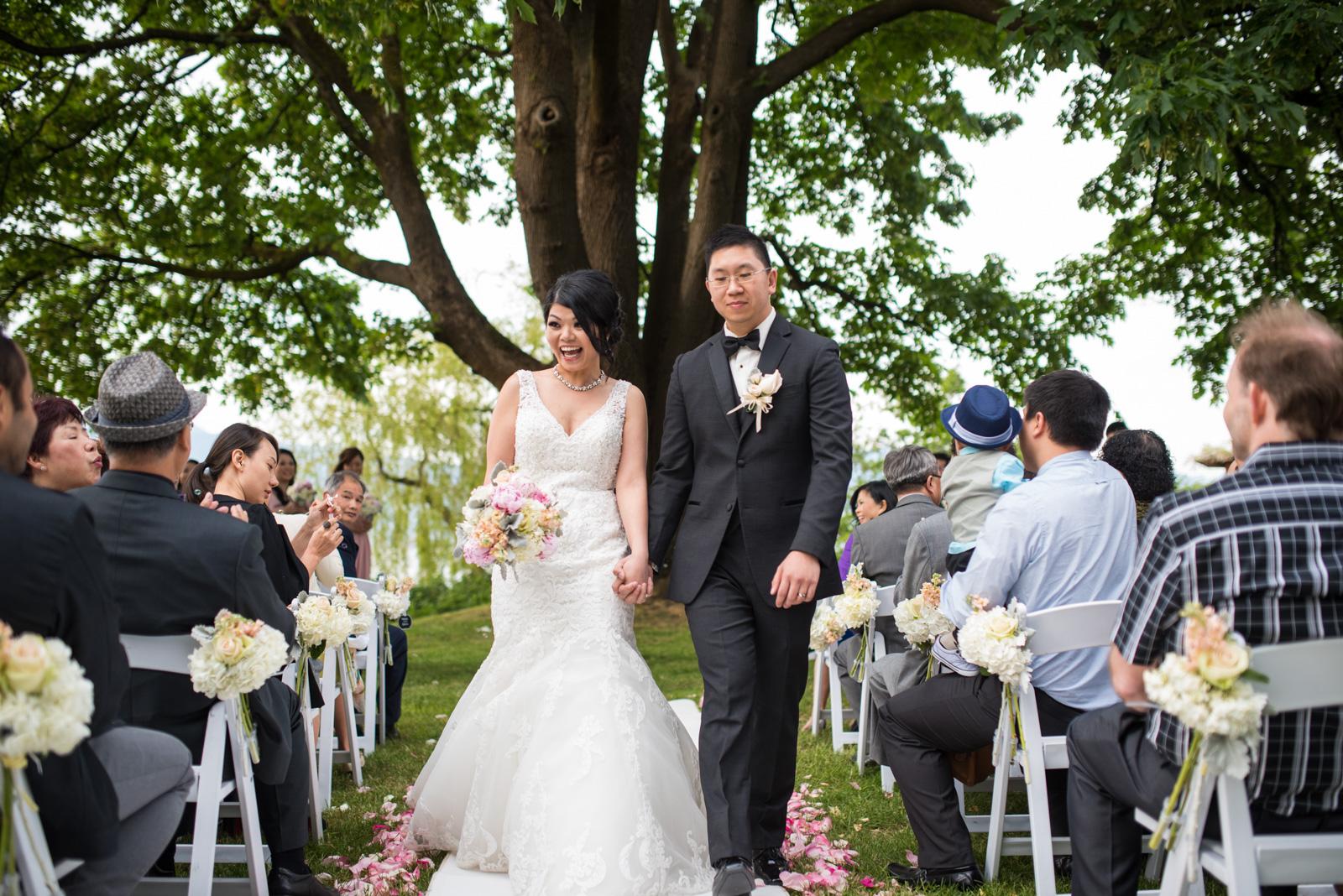 vancouver-island-wedding-photographers--brock-house-restaurant-wedding-36.jpg