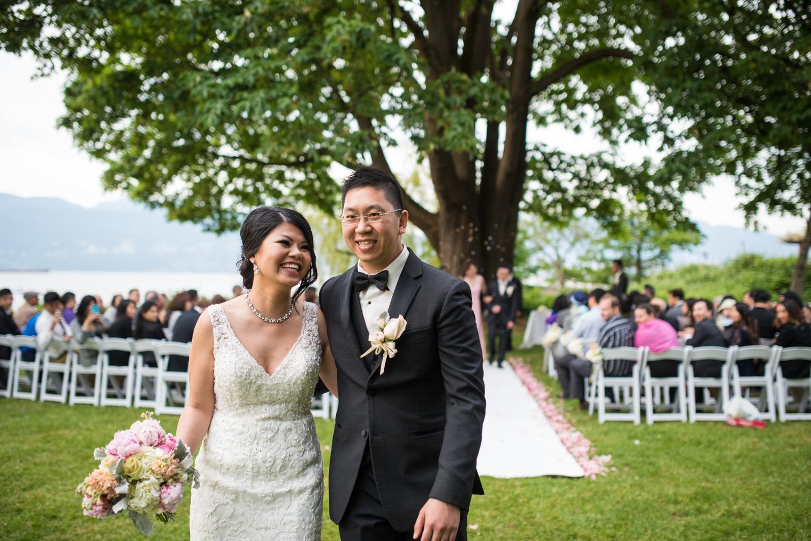 vancouver-island-wedding-photographers--brock-house-restaurant-wedding-37.jpg