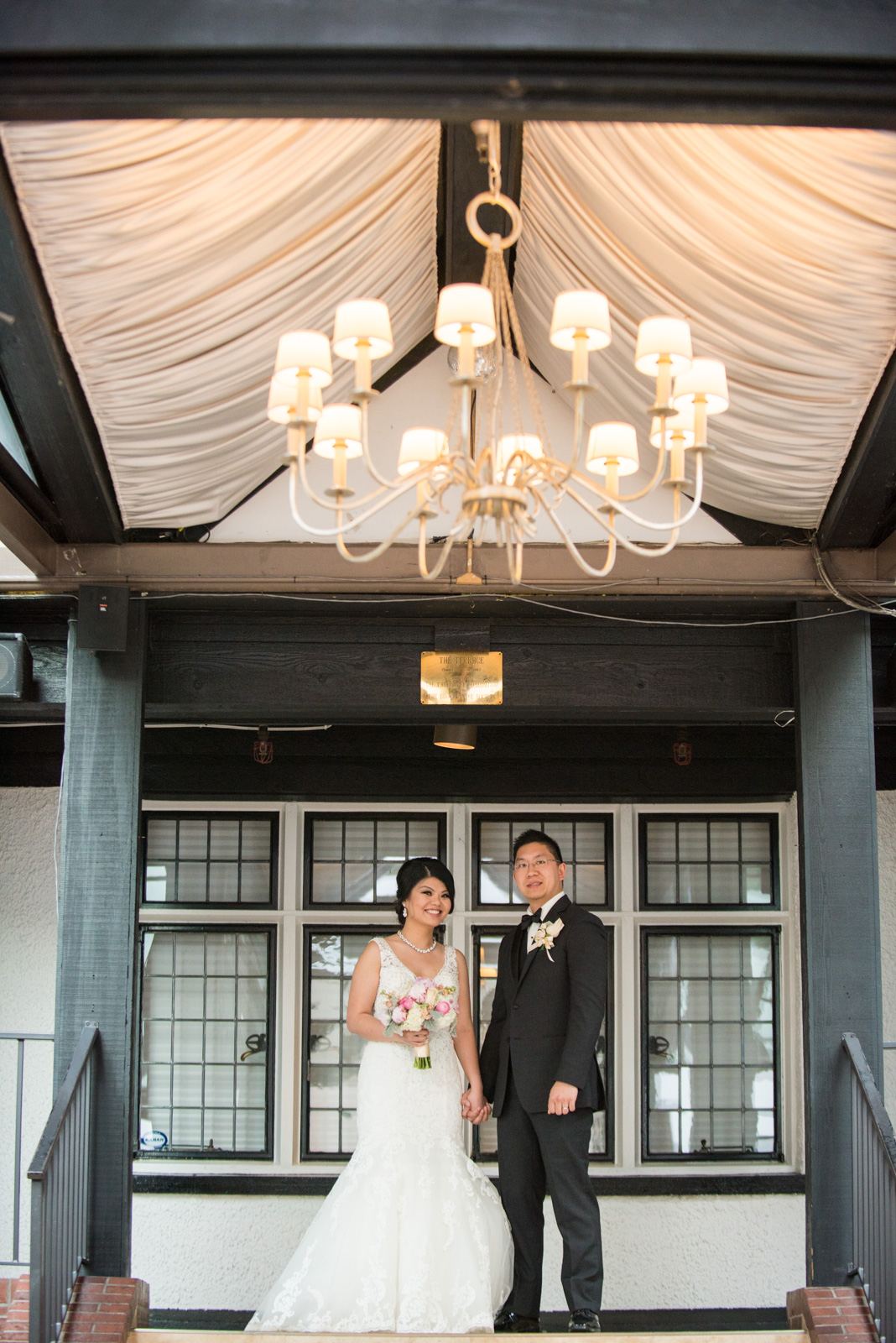 vancouver-island-wedding-photographers--brock-house-restaurant-wedding-41.jpg