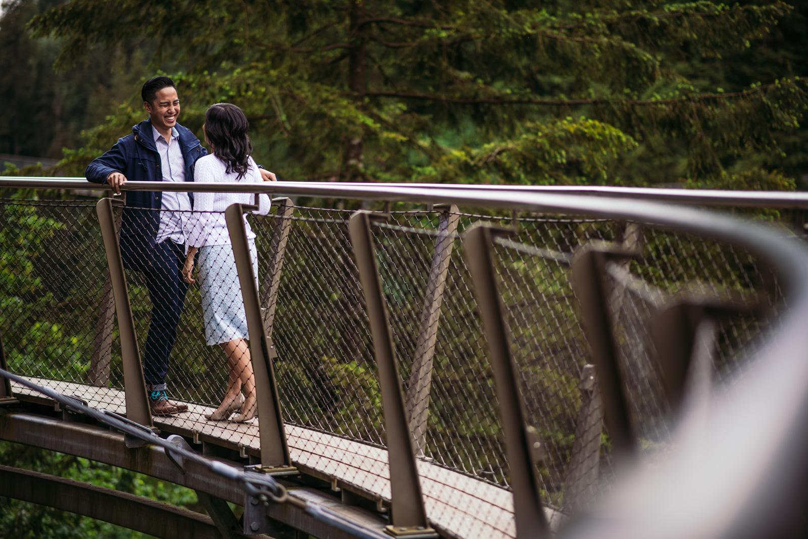 vancouver-island-wedding-photographers-capilano-suspension-bridge-engagement-2.jpg