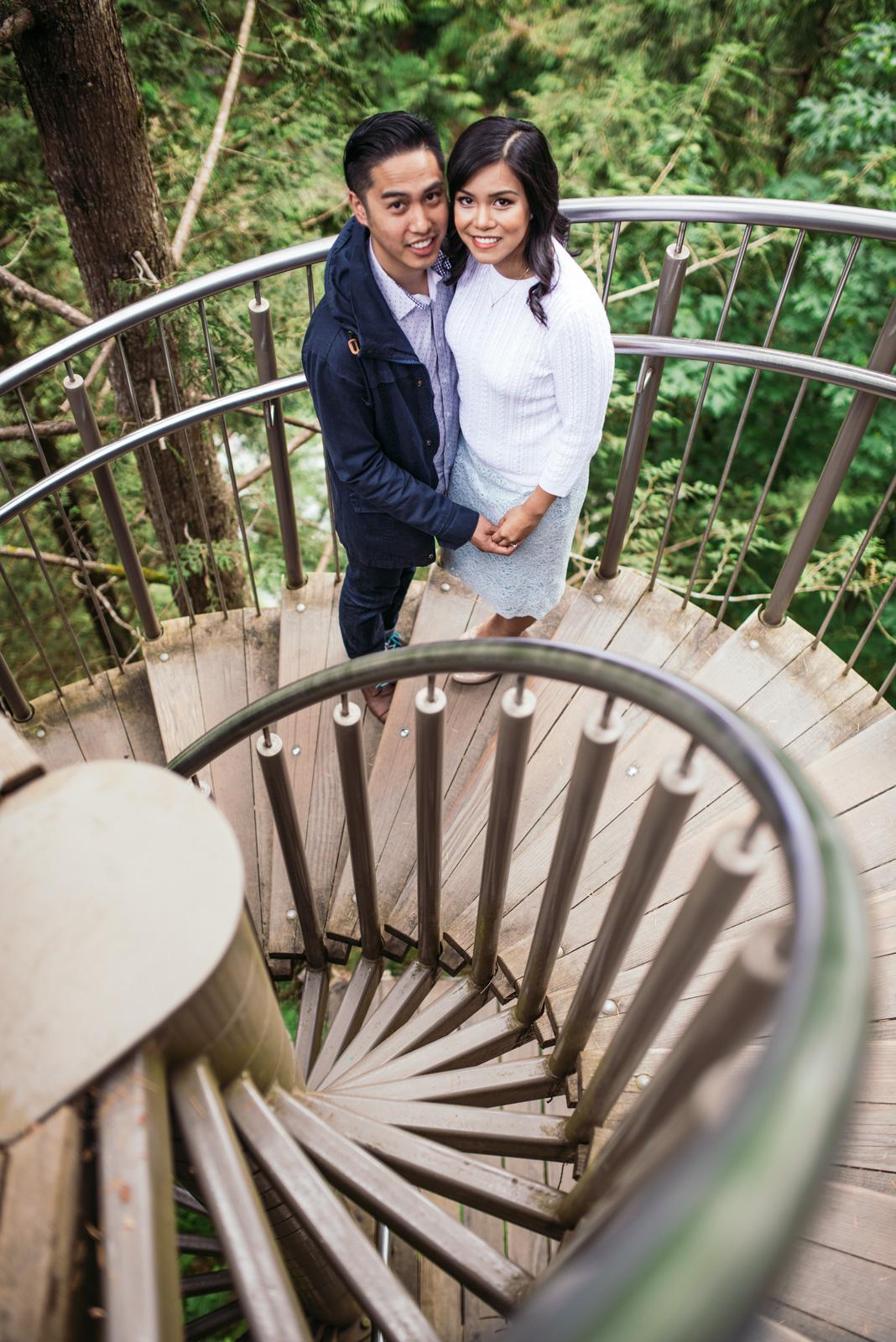 vancouver-island-wedding-photographers-capilano-suspension-bridge-engagement-8.jpg