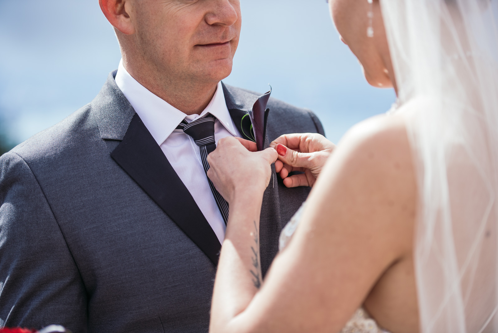 vancouver-island-wedding-photographers-grouse-mountain-winter-wedding-7.jpg