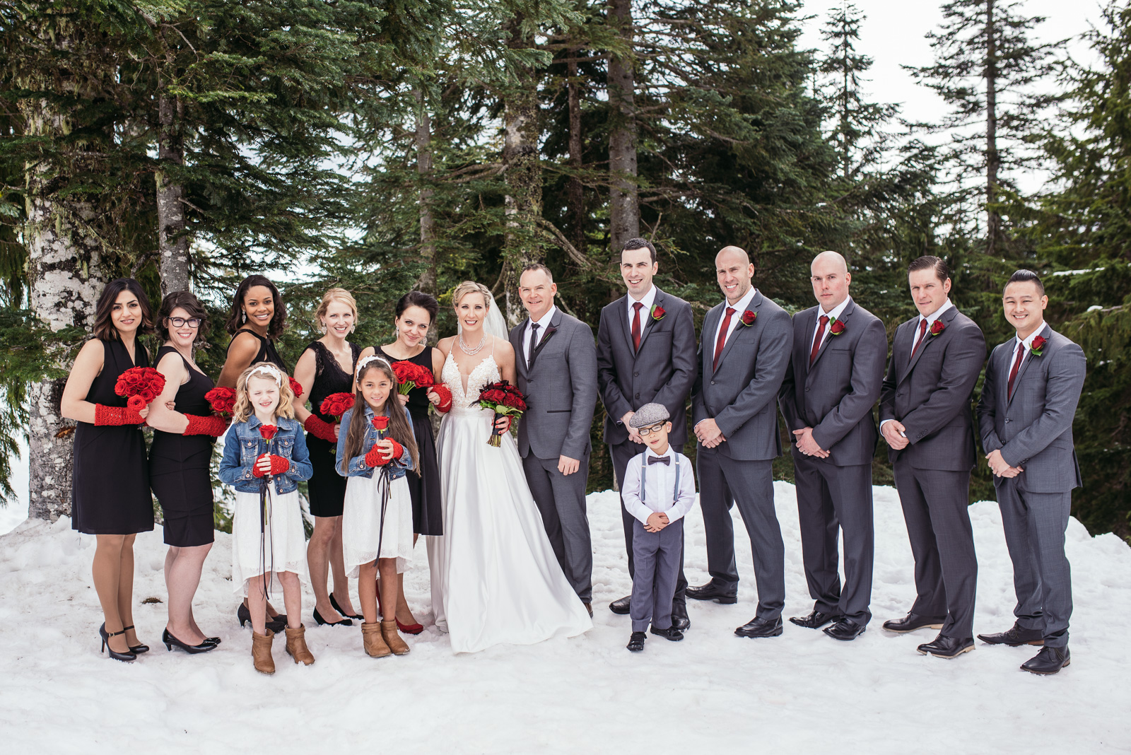 vancouver-island-wedding-photographers-grouse-mountain-winter-wedding-10.jpg