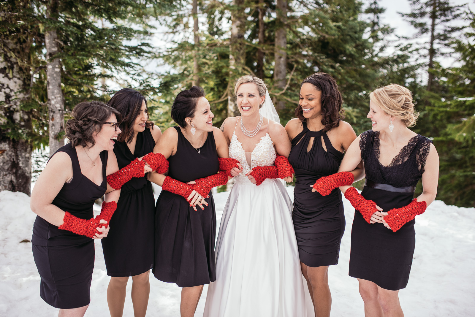 vancouver-island-wedding-photographers-grouse-mountain-winter-wedding-12.jpg