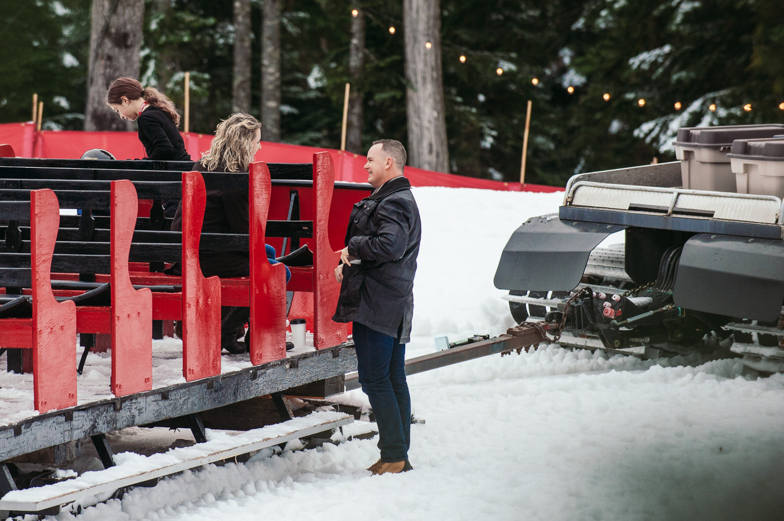 victoria-wedding-photographers-grouse-mountain-proposal-5.jpg