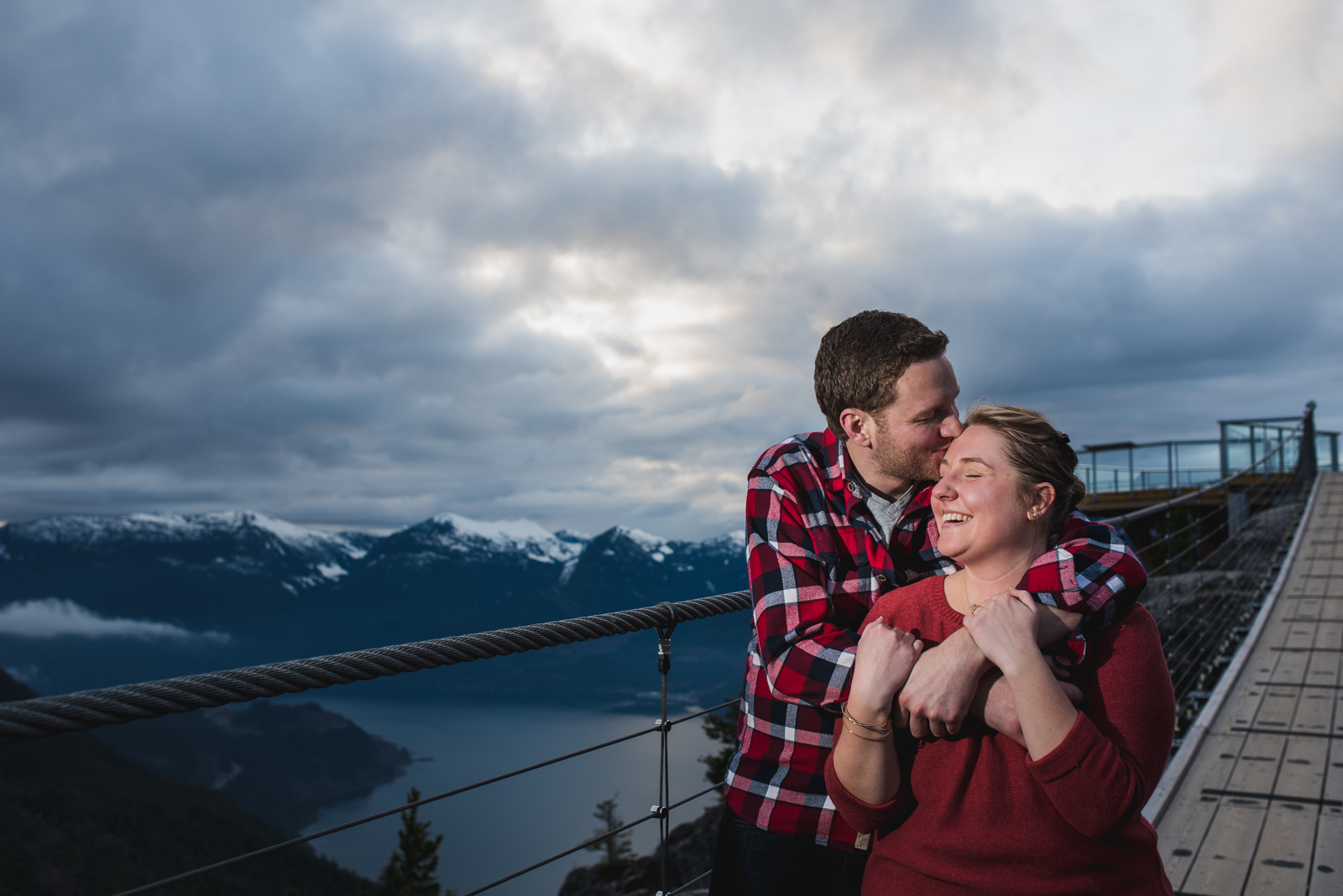 victoria-wedding-photographers-sea-to-sky-gondola-engagement-15.jpg