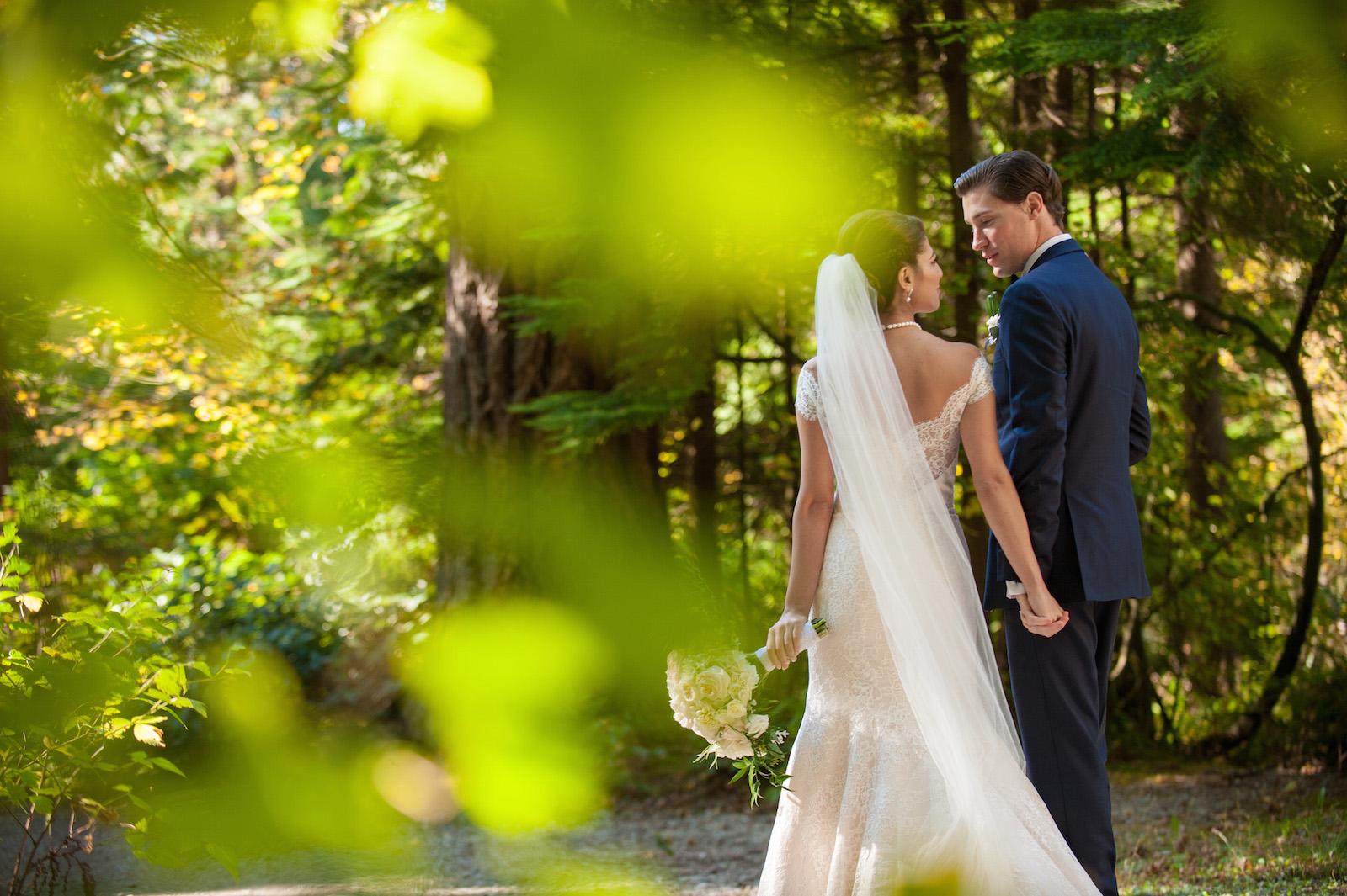 victoria-wedding-photographers-fairmont-pacific-rim-wedding-30.jpg