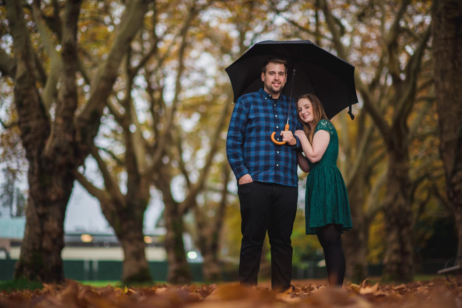 vancouver-island-wedding-photographers-rainy-stanley-park-engagement-6.jpg