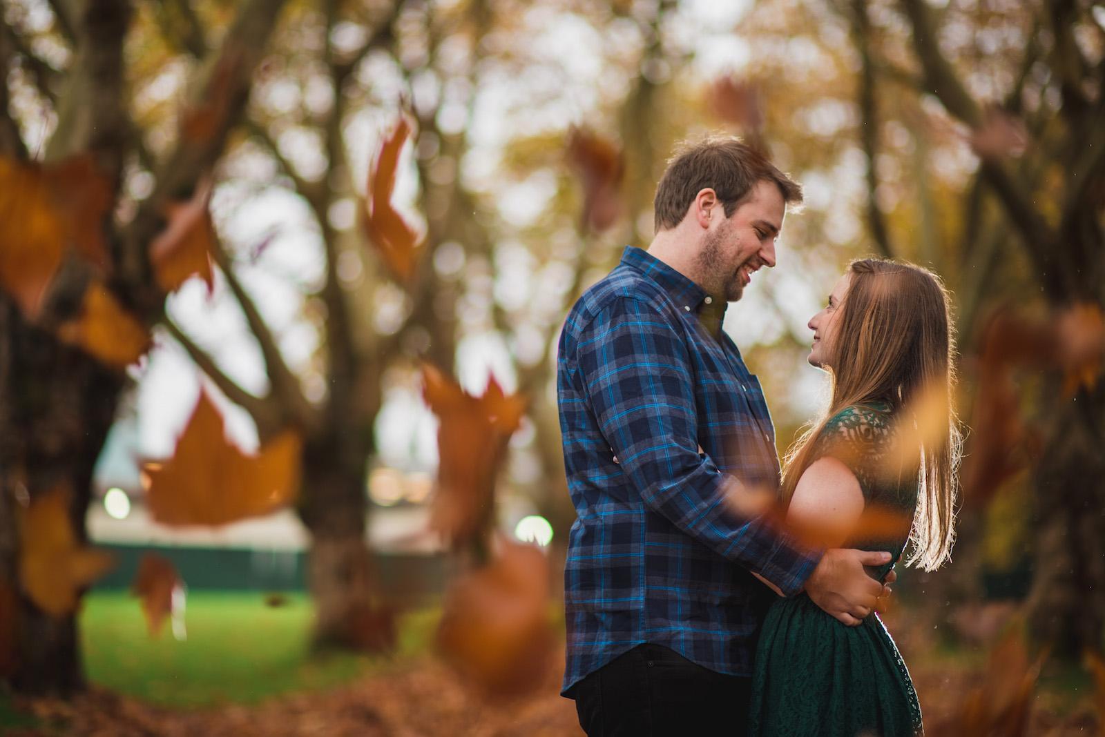 vancouver-island-wedding-photographers-rainy-stanley-park-engagement-7.jpg