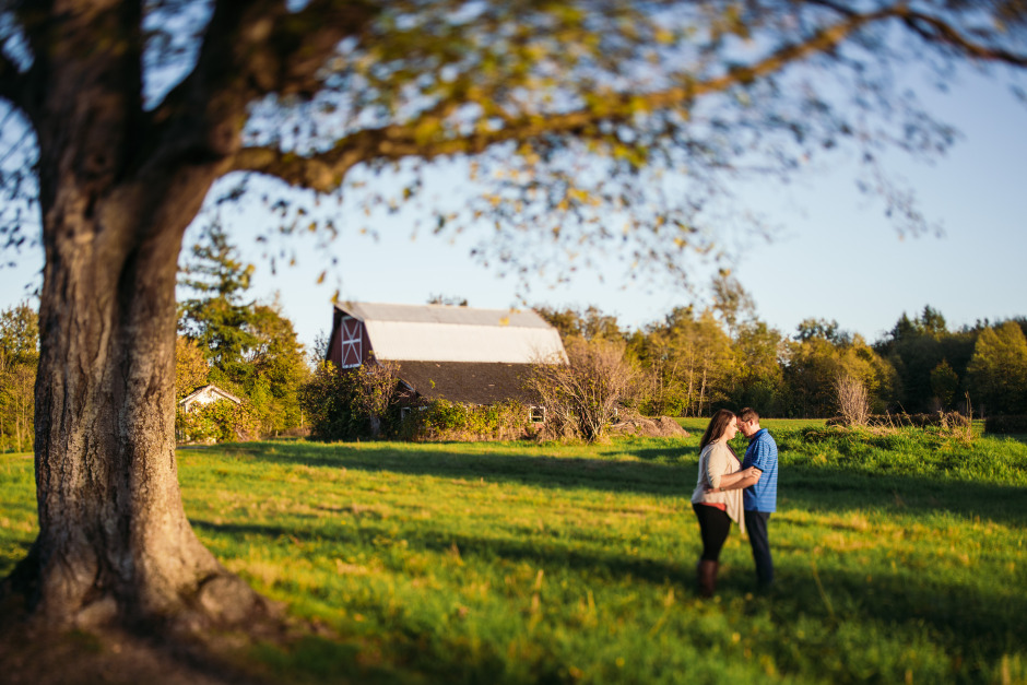 bc-wedding-photographers-campbell-valley-park-engagement-13.jpg
