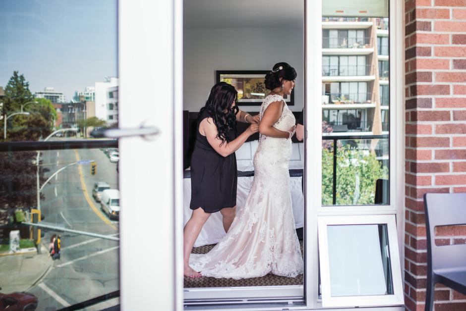 victoria-wedding-photographers-beach-house-restaurant-wedding-3.jpg