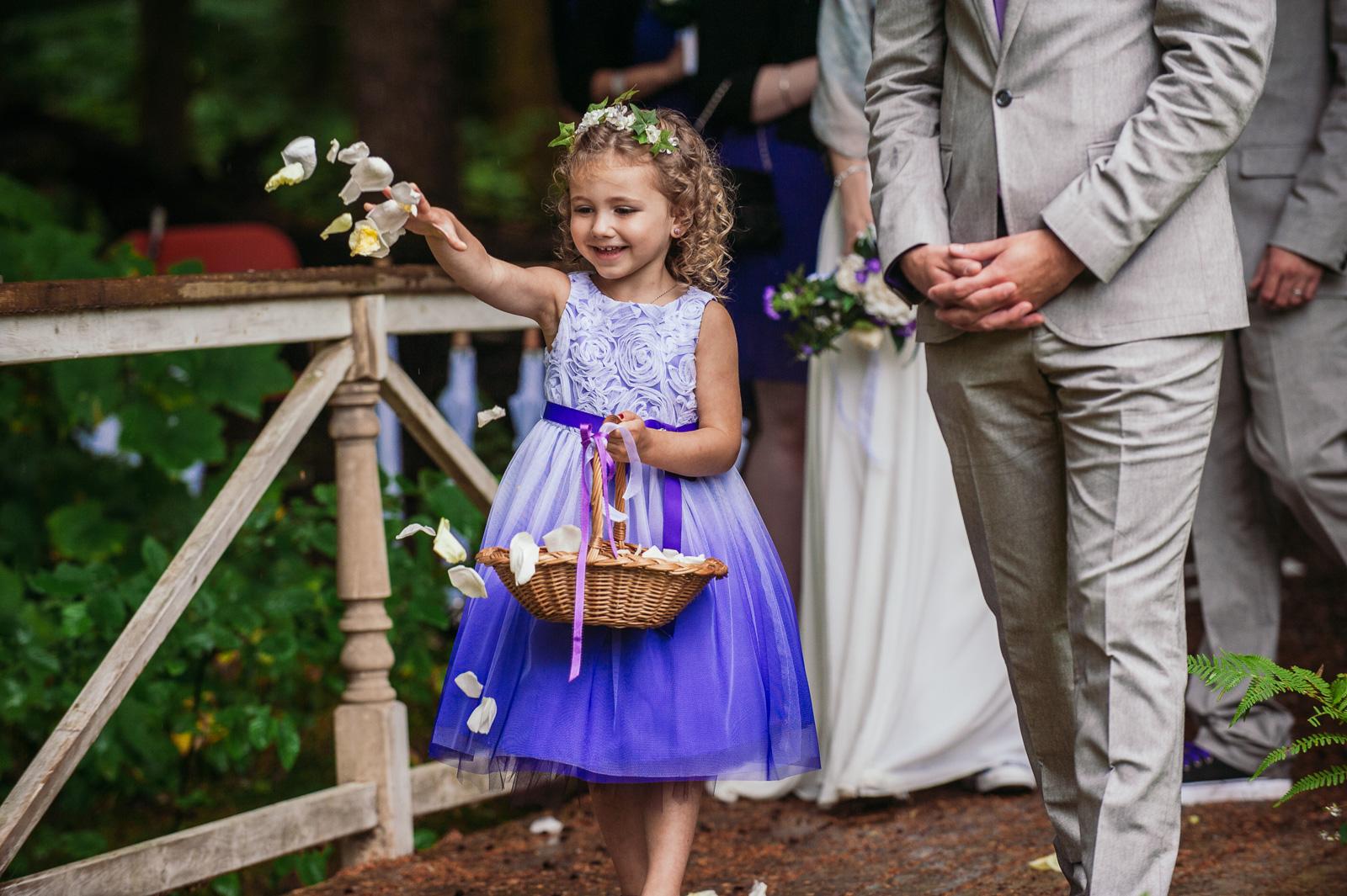 bc-wedding-photographers-kitimat-minette-bay-lodge-wedding-12.jpg