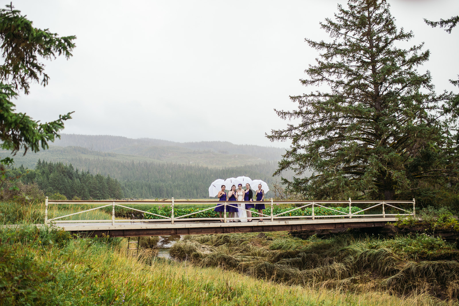 bc-wedding-photographers-kitimat-minette-bay-lodge-wedding-16.jpg
