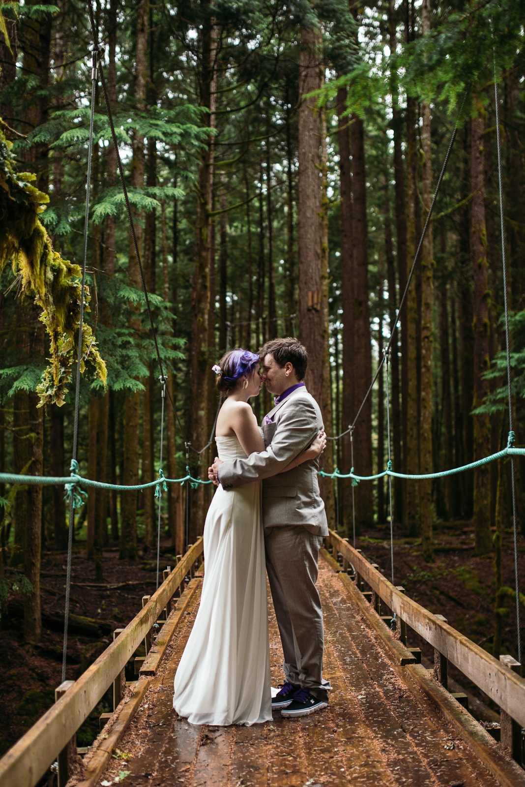 bc-wedding-photographers-kitimat-minette-bay-lodge-wedding-19.jpg