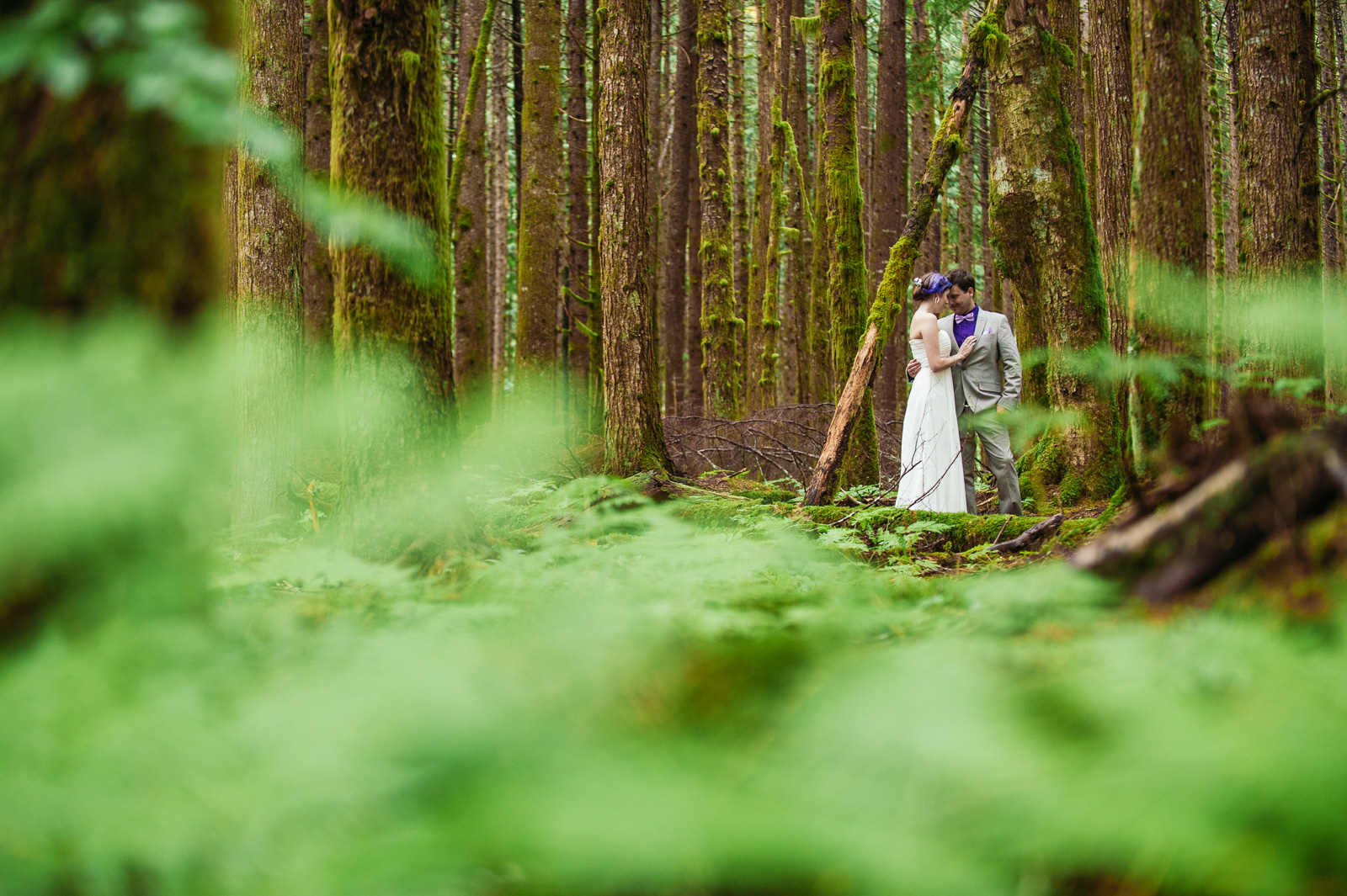 bc-wedding-photographers-kitimat-minette-bay-lodge-wedding-22.jpg