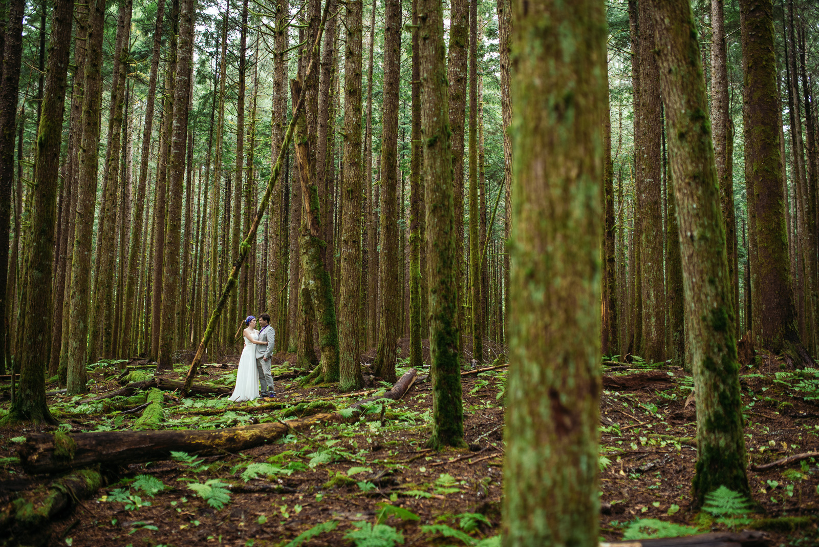 bc-wedding-photographers-kitimat-minette-bay-lodge-wedding-21.jpg