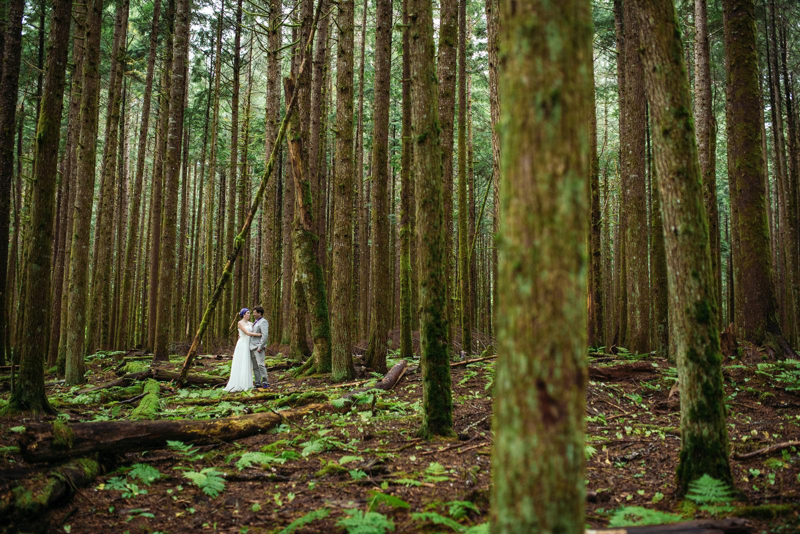 bc-wedding-photographers-kitimat-minette-bay-lodge-wedding-21.jpg
