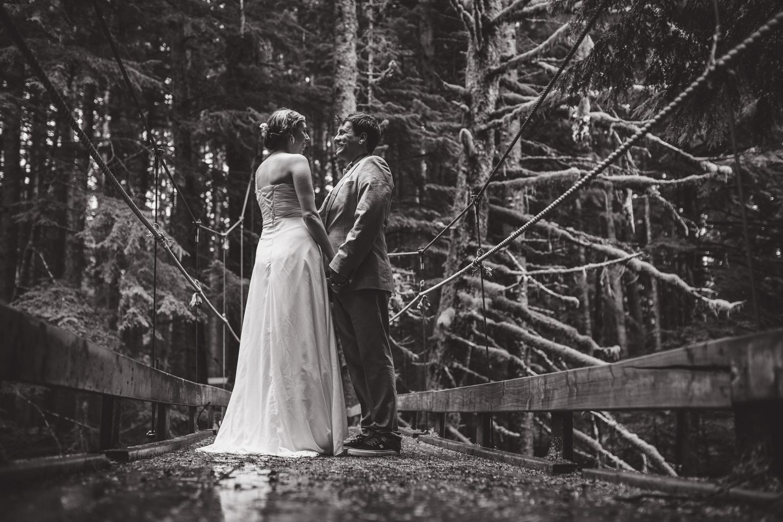 bc-wedding-photographers-kitimat-minette-bay-lodge-wedding-28.jpg