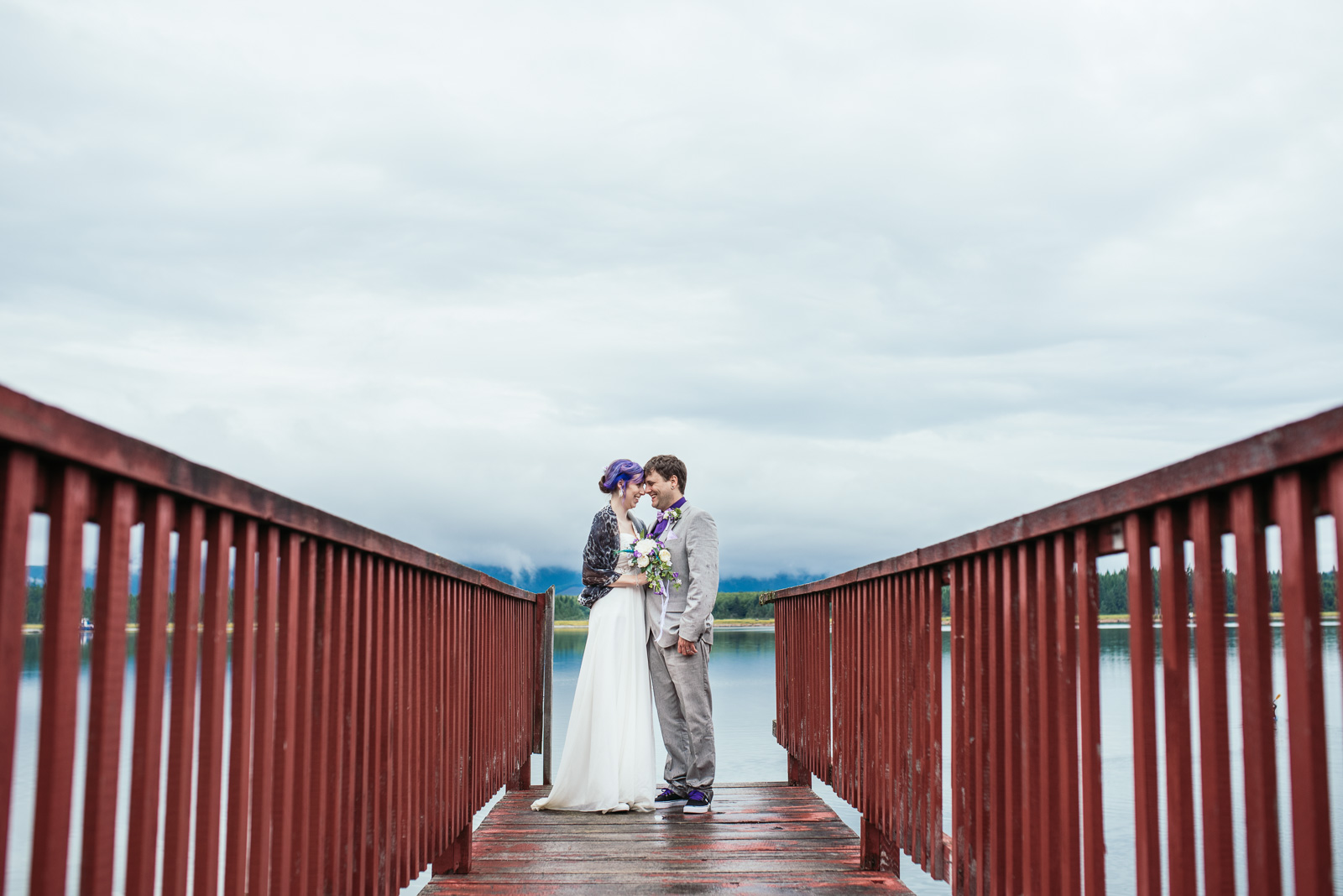 bc-wedding-photographers-kitimat-minette-bay-lodge-wedding-31.jpg