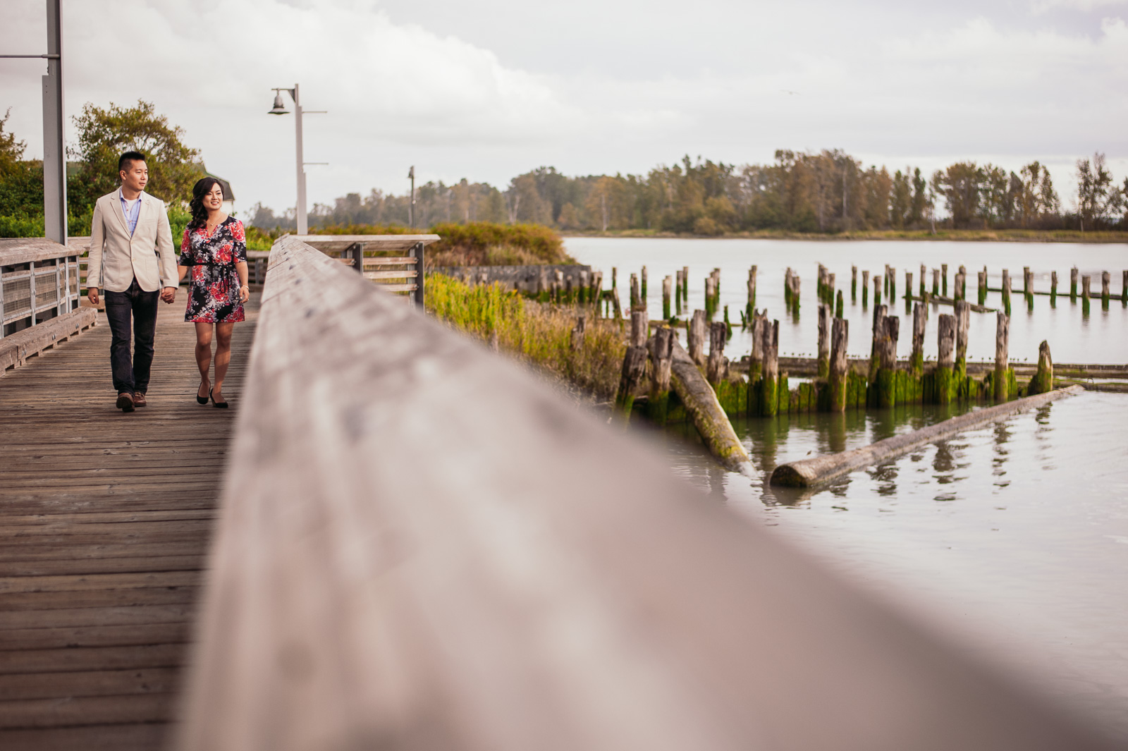 victoria-wedding-photographers-rainy-steveston-engagement-2.jpg