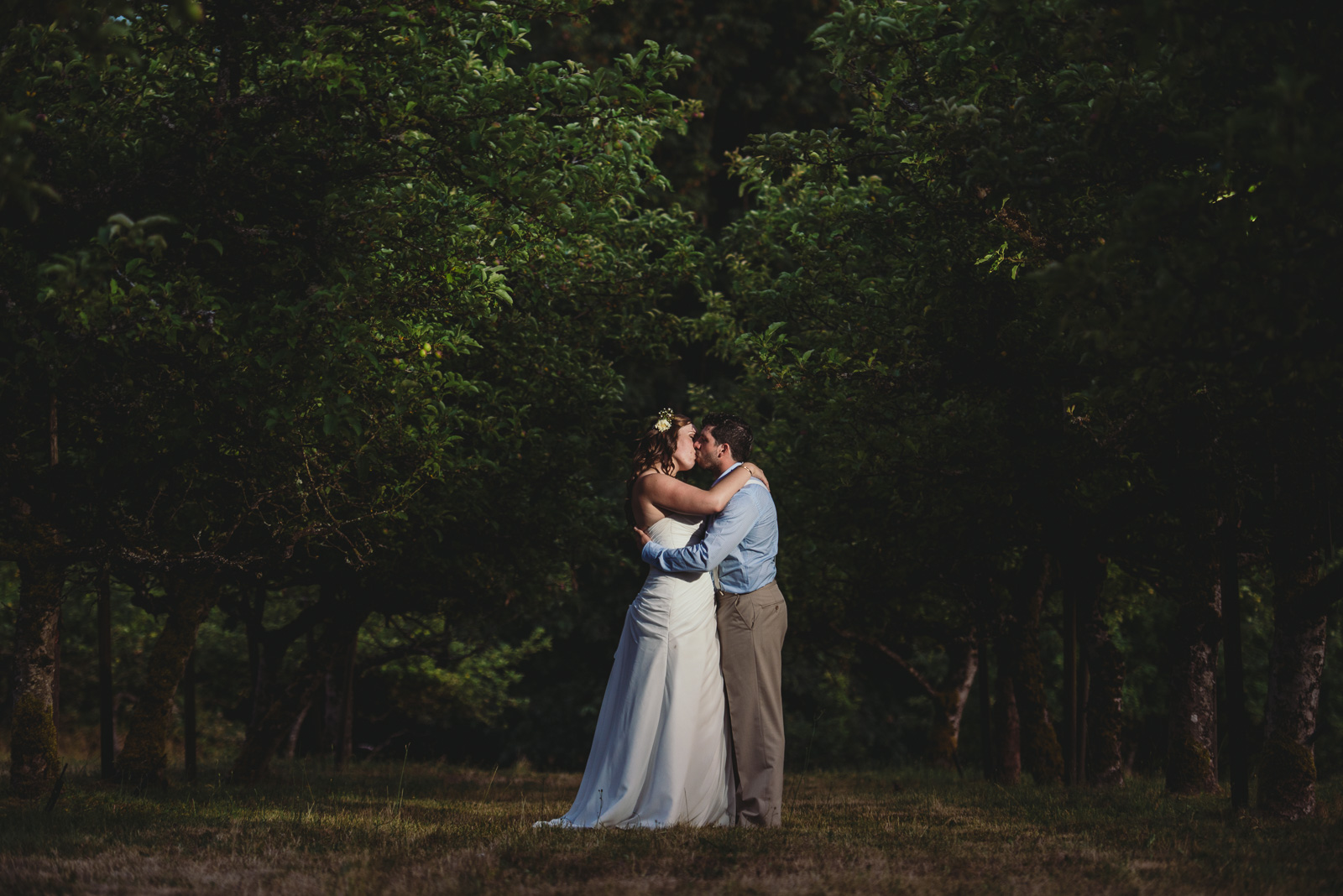victoria-wedding-photographers-merridale-cidery-wedding-30.jpg