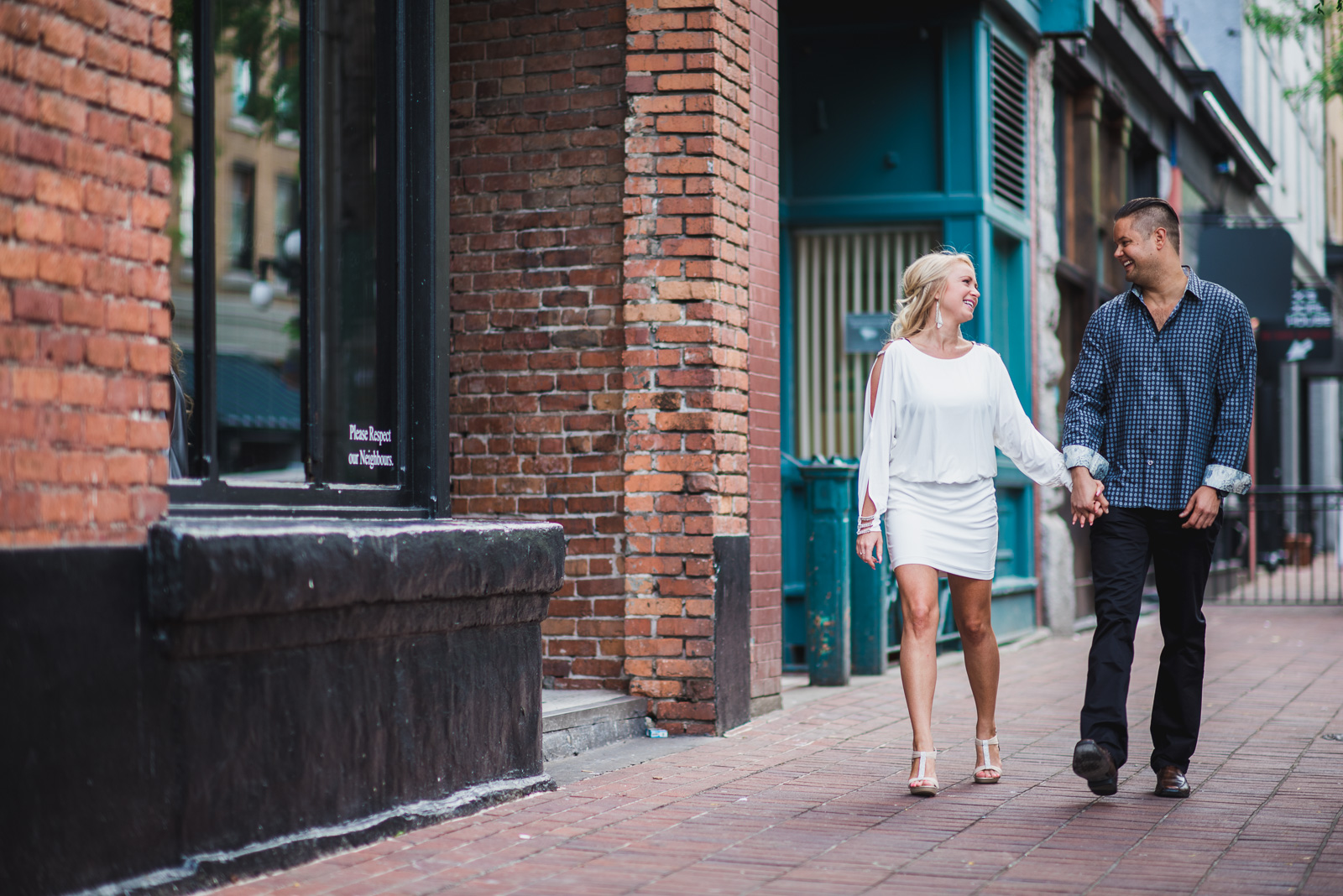 vancouver-wedding-photographers-gastown-engagement-1.jpg