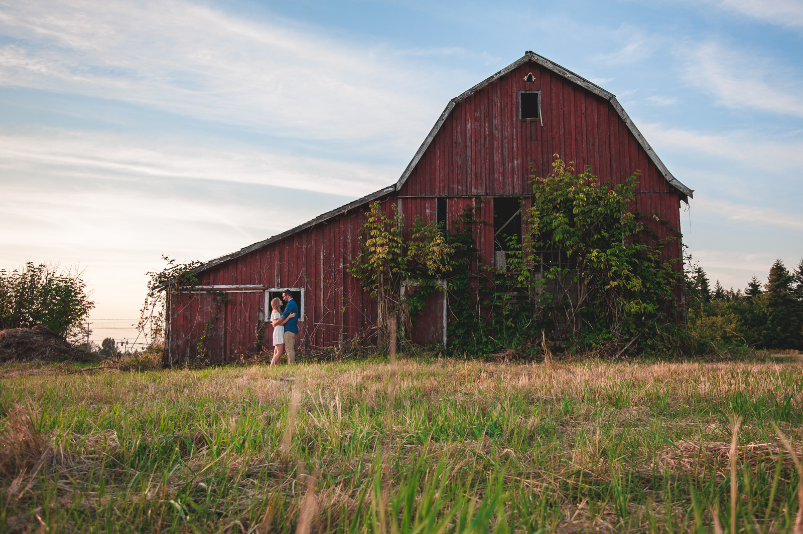 vancouver-island-wedding-photographers-campbell-valley-park-engagement-session-11.jpg