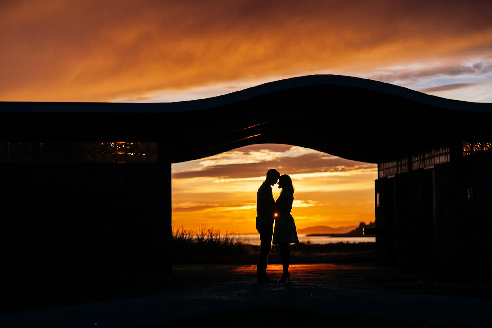 victoria-wedding-photographers-iona-beach-richmond-engagement-13.jpg