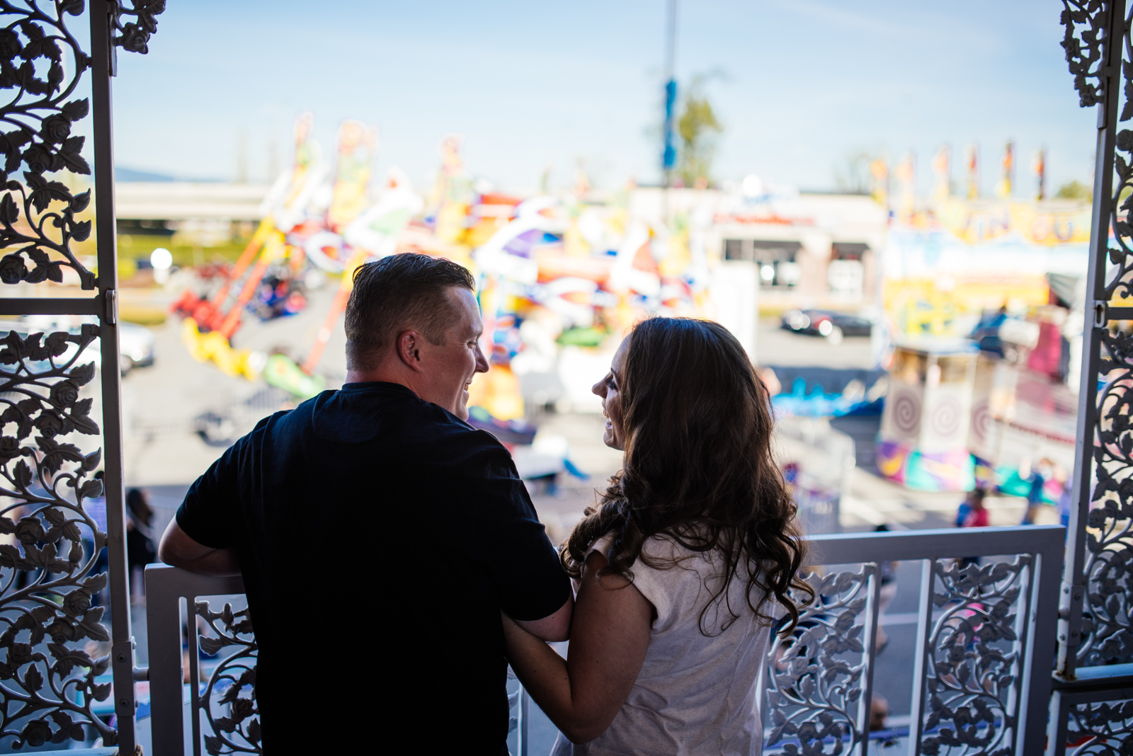 vancouver-island-wedding-photographers-carnival-engagement-16.jpg