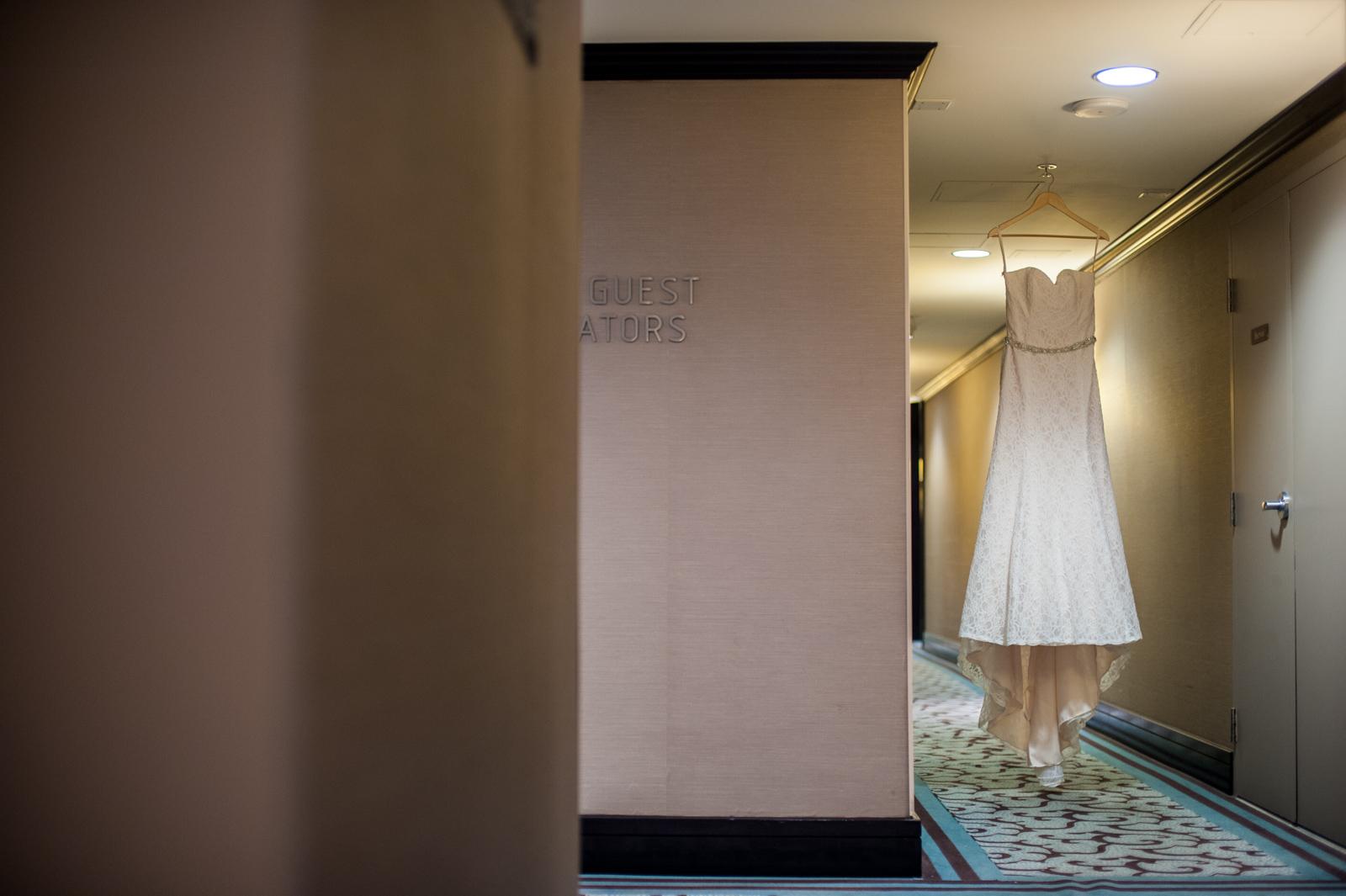 victoria-wedding-photographers-ubc-rose-garden-sage-bistro-wedding-05.jpg