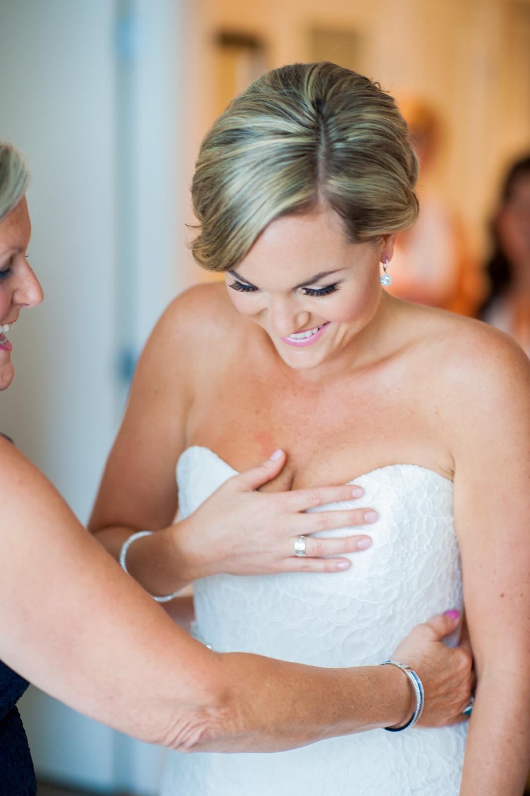 victoria-wedding-photographers-ubc-rose-garden-sage-bistro-wedding-10.jpg