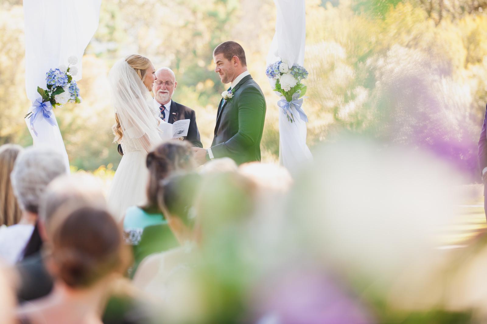 victoria-wedding-photographers-royal-colwood-golf-course-wedding-18.jpg