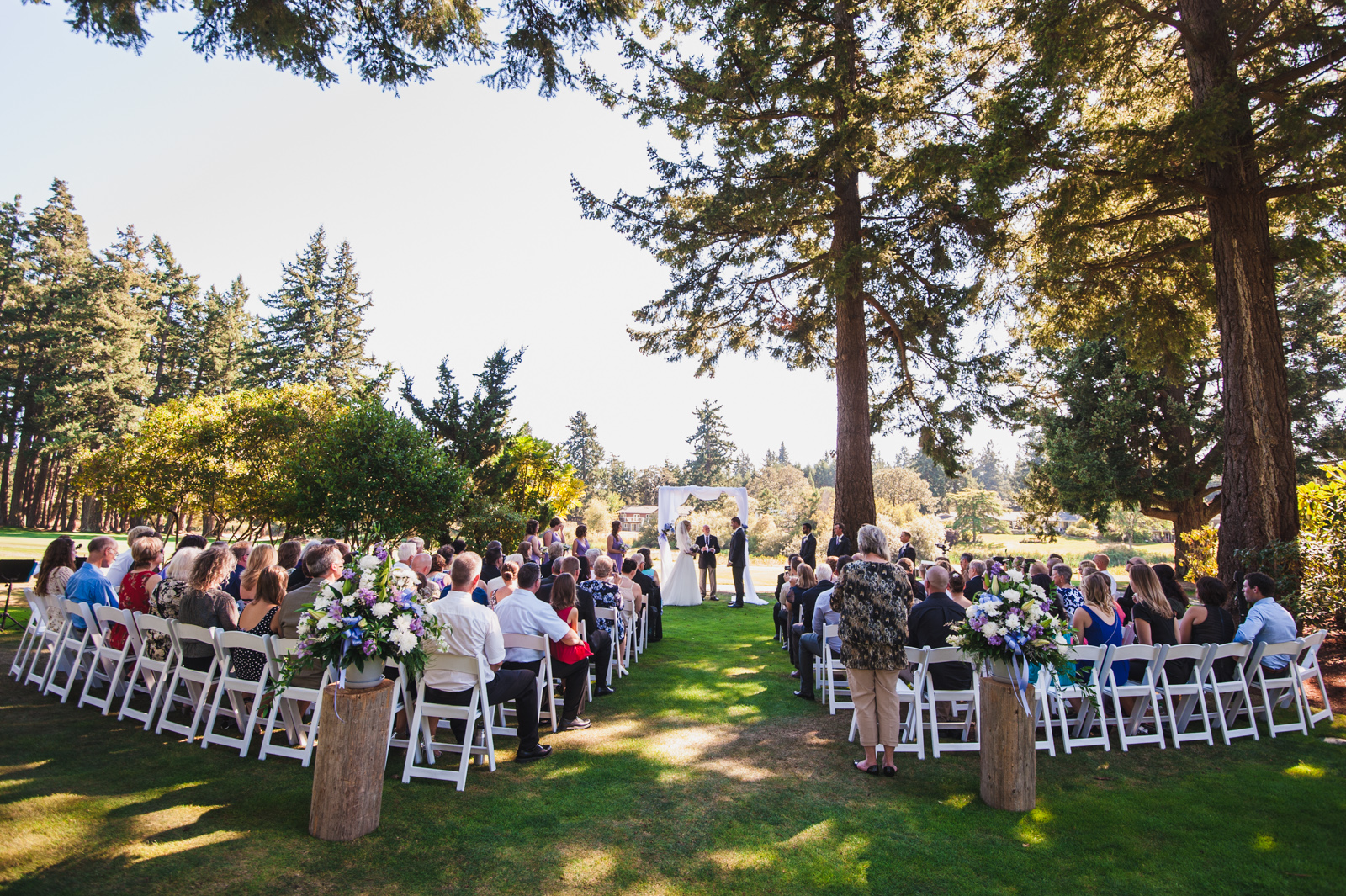 victoria-wedding-photographers-royal-colwood-golf-course-wedding-17.jpg