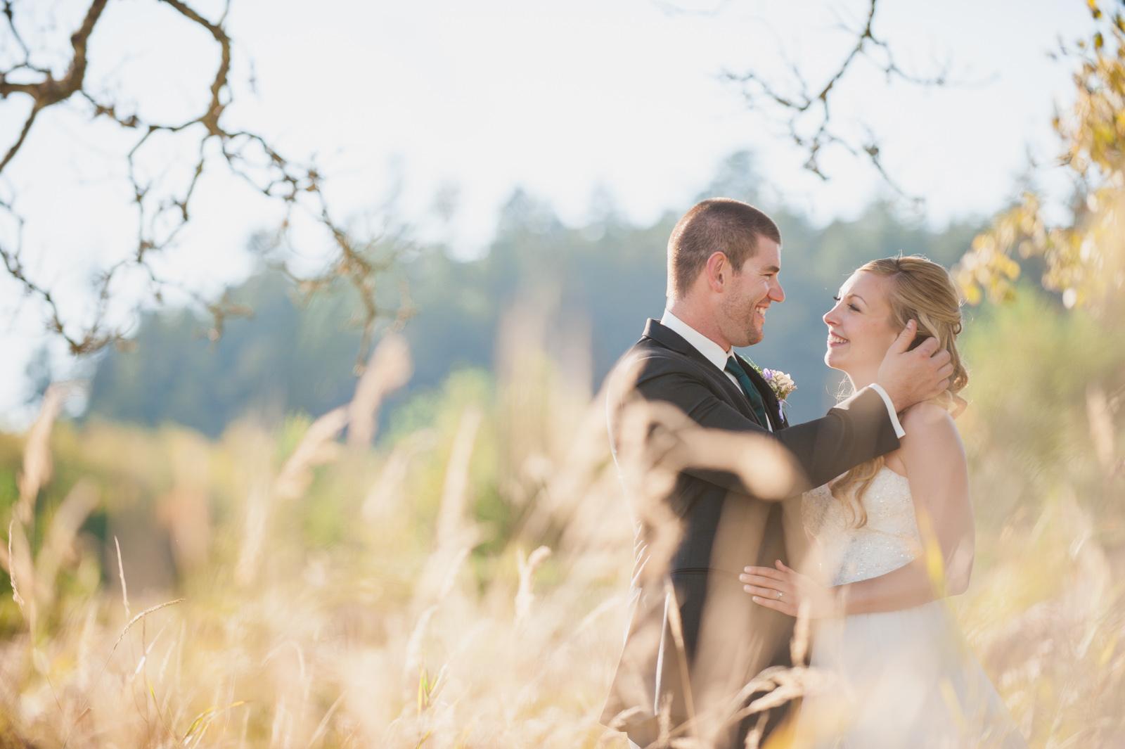 victoria-wedding-photographers-royal-colwood-golf-course-wedding-37.jpg