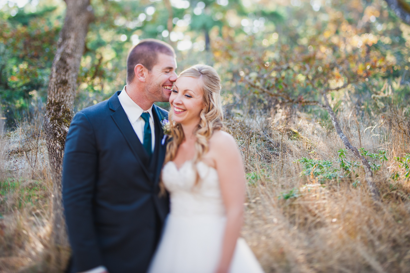 victoria-wedding-photographers-royal-colwood-golf-course-wedding-42.jpg