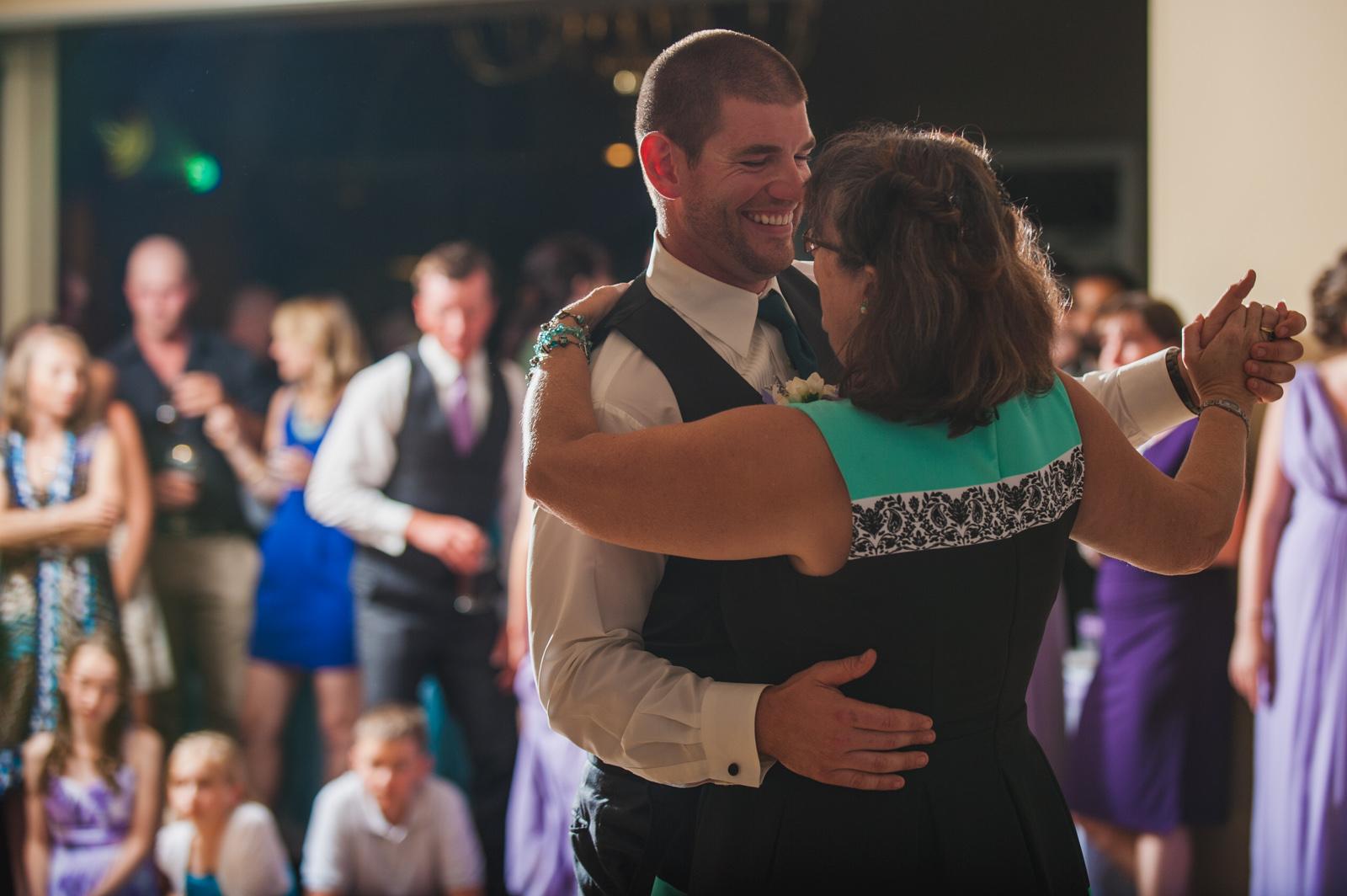 victoria-wedding-photographers-royal-colwood-golf-course-wedding-57.jpg