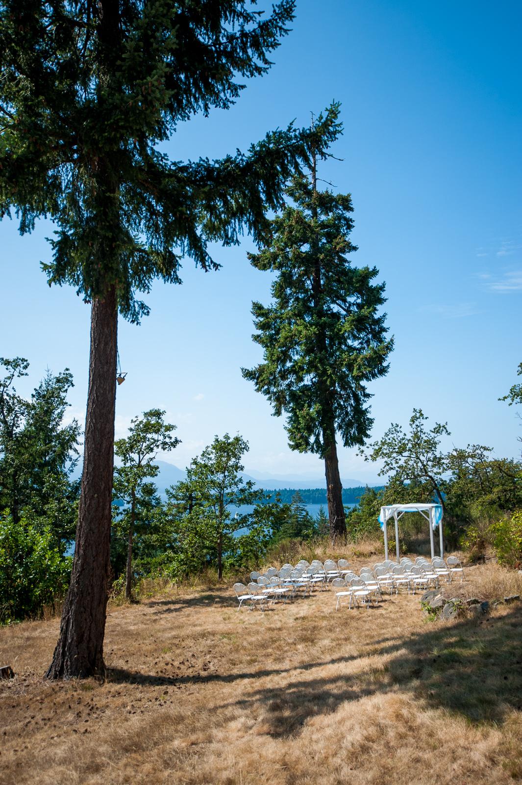vancouver-island-wedding-photographers-saltspring-island-wedding-01.jpg