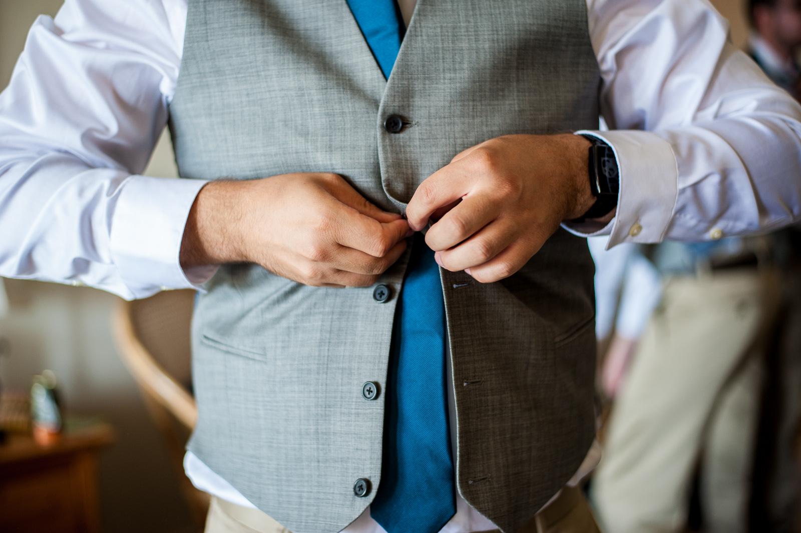 vancouver-island-wedding-photographers-saltspring-island-wedding-15.jpg