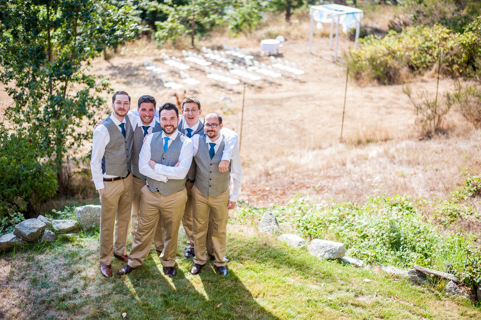 vancouver-island-wedding-photographers-saltspring-island-wedding-17.jpg