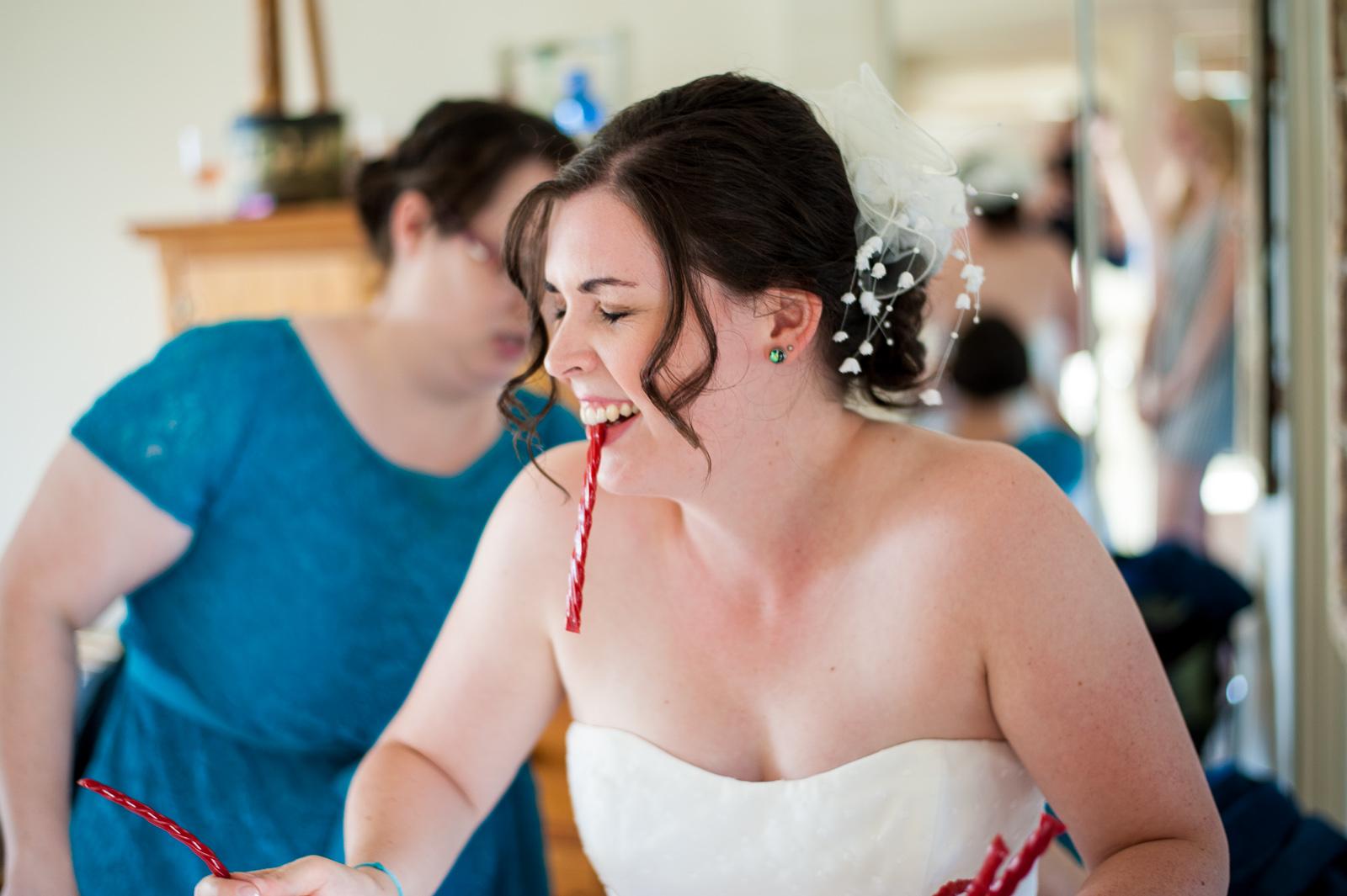 vancouver-island-wedding-photographers-saltspring-island-wedding-25.jpg