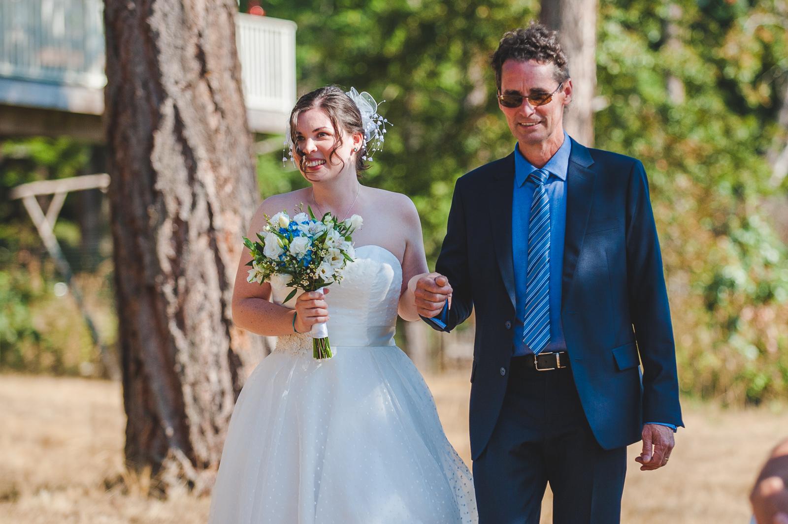 vancouver-island-wedding-photographers-saltspring-island-wedding-40.jpg