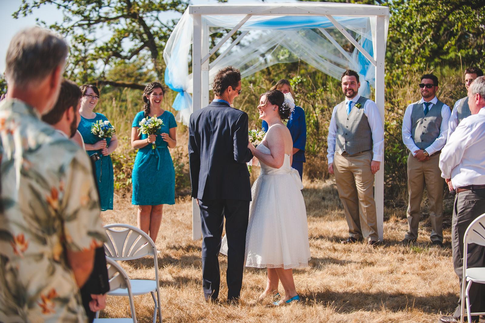 vancouver-island-wedding-photographers-saltspring-island-wedding-41.jpg