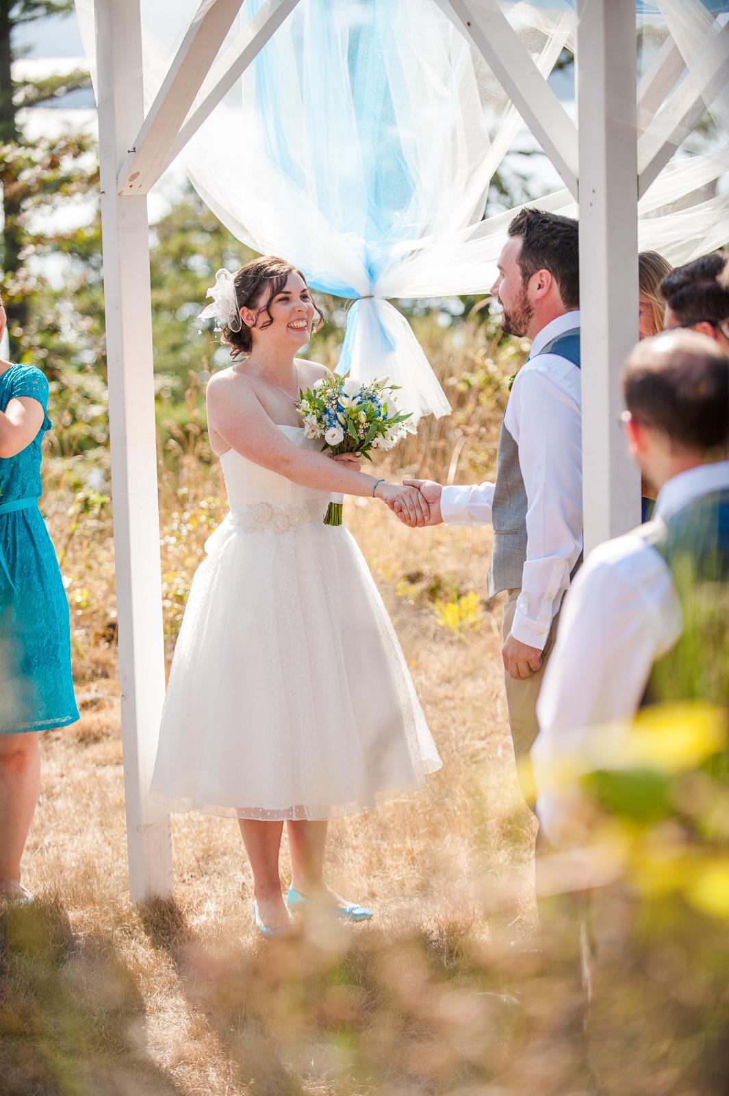 vancouver-island-wedding-photographers-saltspring-island-wedding-45.jpg