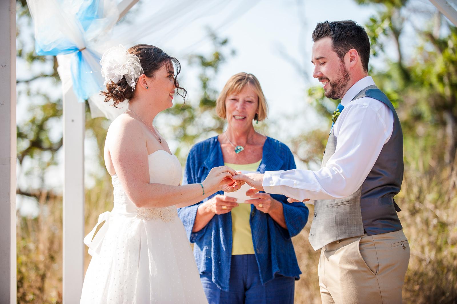 vancouver-island-wedding-photographers-saltspring-island-wedding-46.jpg